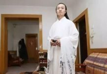 A Men Wear Hanfu for 8 Years