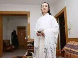 A Men Wear Hanfu for 8 Years