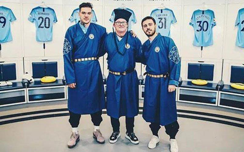 Hanfu Meets Manchester City F.C.