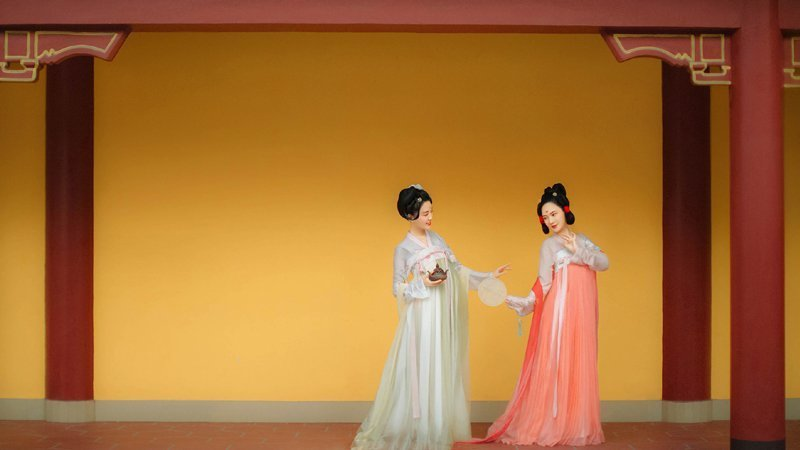 c20d7c161 What is Chinese Traditional Costume - Newhanfu