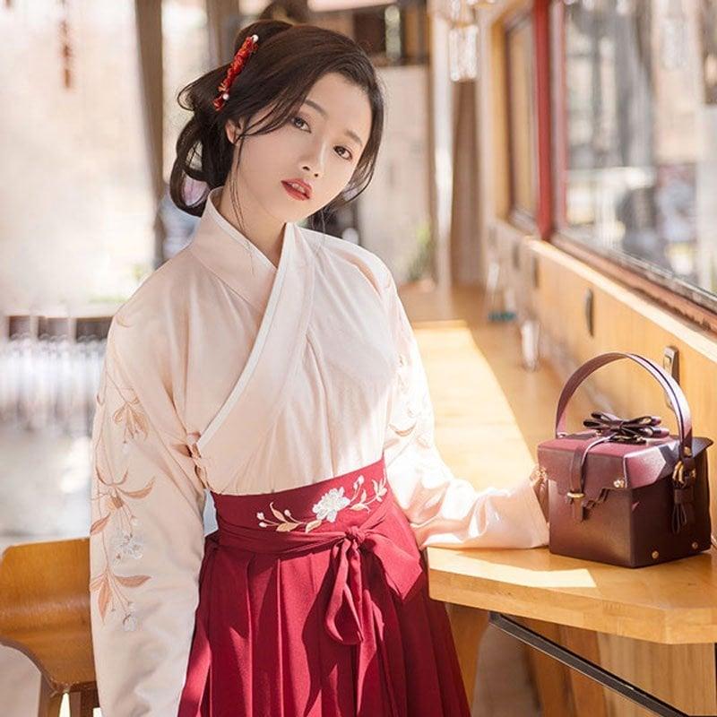 hanfu-chinese-traditional-dress--classic-jiaoling-ruqun-newhanfu