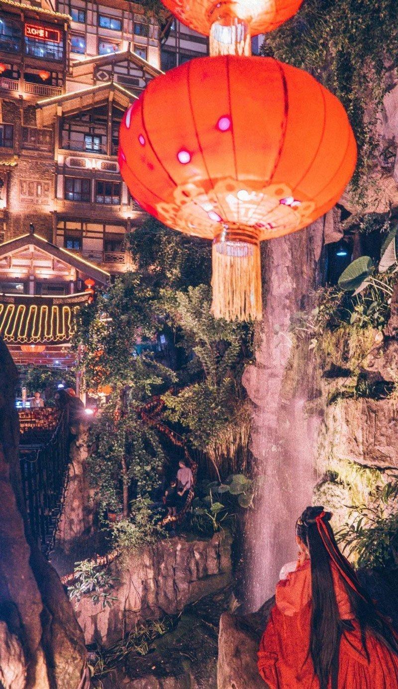 Do You Want Wear Hanfu Travel Around the World chongqing?