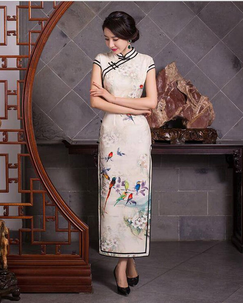 Old-Fashioned? The Best Fashion of Hanfu Defined By a Doctor