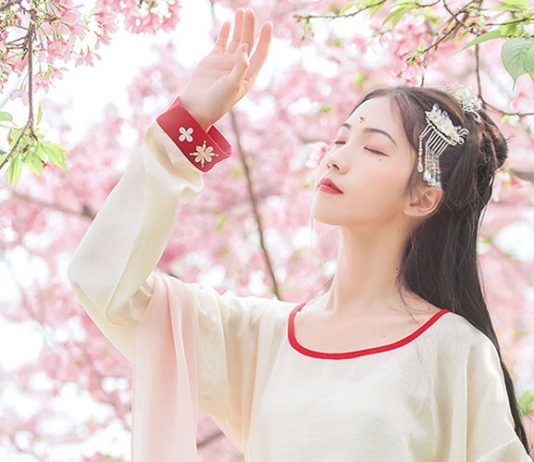Amazed! Hanfu T-shirts were available in the Tang Dynasty?