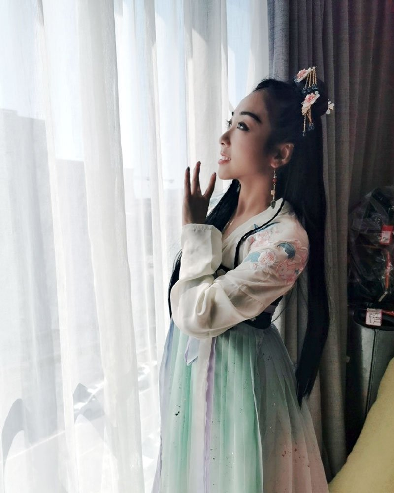 Will Hanfu appear in figure skating arena?