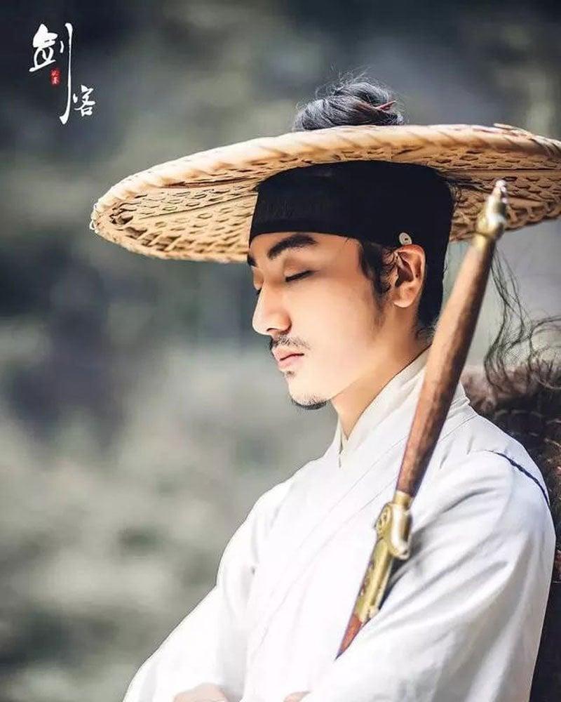 Top 10 Most Handsome Men In Hanfu