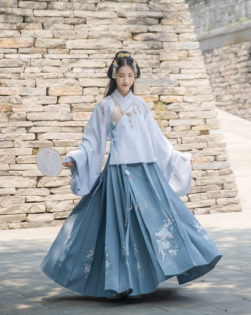 4 Secrets about Hanfu Horse Face Skirt