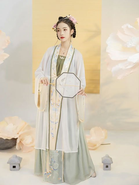 Chinese Girls Hanfu Style Suitable for Spring