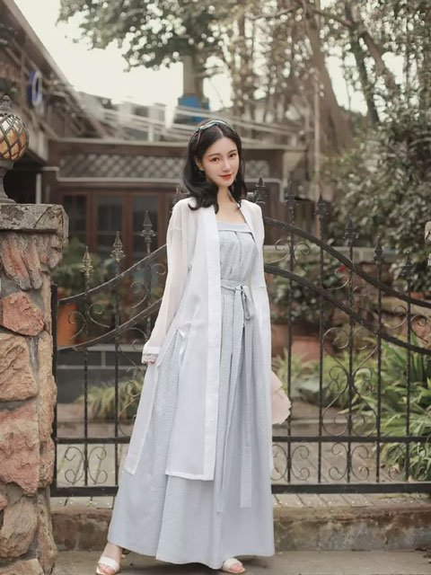 4 Beauty Chinese Girl Costume for Beginners | Song Style Hanfu