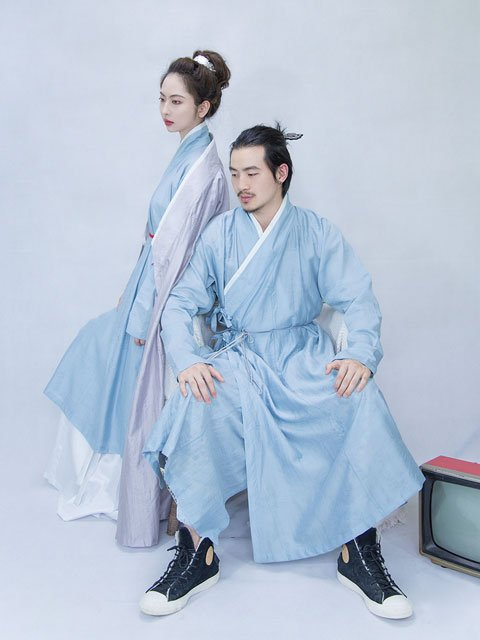 How do Men to Pick the Right Chinese Tunic Style?