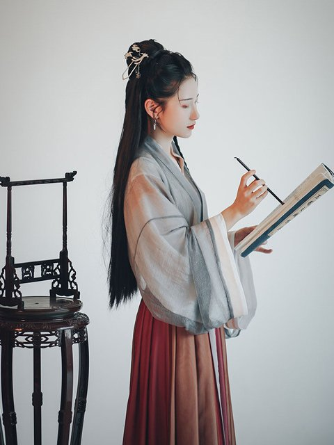 Beautiful Chinese Traditional Dress for Girl of 12 Constellations