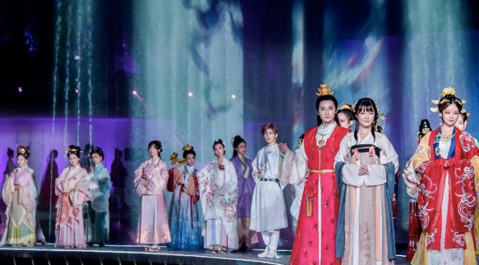 Chinese Hanfu Industry - Changing & Get Better