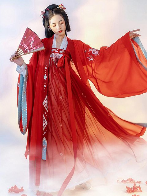 12 Most Gorgeous Traditional Chinese Wedding Dresses
