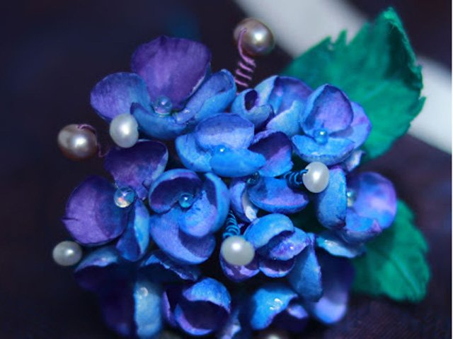 4 Beautiful Artificial Flowers in Han Fu Hair Accessories