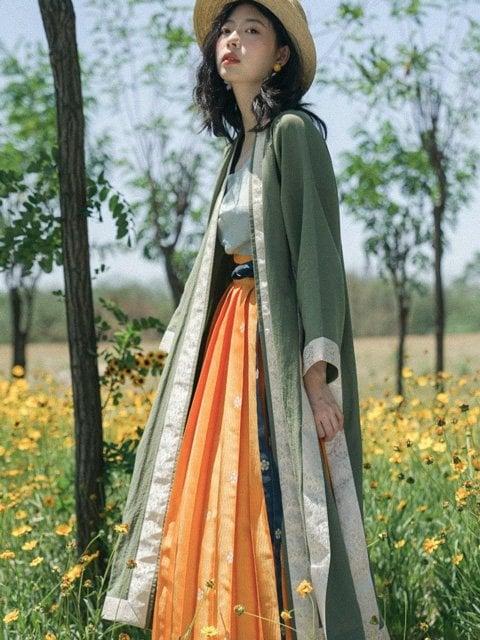 How Floral Patterns Hanfu Light Your Summer?