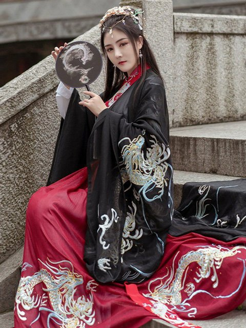 The Classic Color Scheme in Chinese Costume - Red & Black