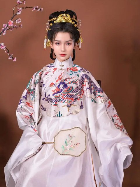 Four Sets of Hanfu Suits for Autumn - Elegant & Gorgeous