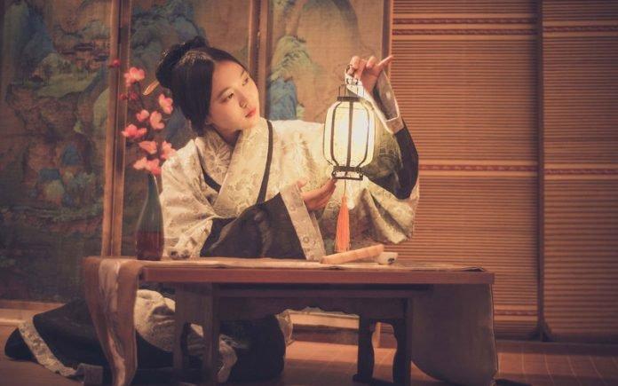 How to Wear Hanfu - Quju Shenyi