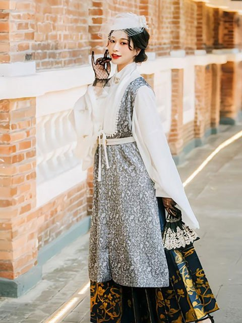 6 Fashion Hanfu Outfit Ideas in 2021