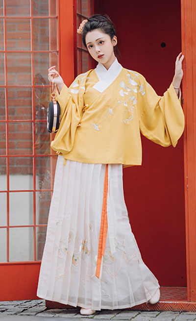 4 Sets of Rare Colorways Hanfu Styles