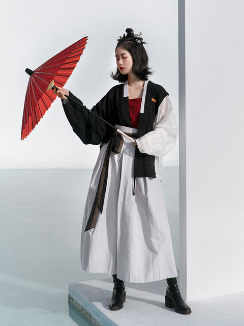 4 Unique Hanfu Inspired Suit for Everyday Wear