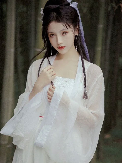 [Interview] How to Become a Hanfu Model