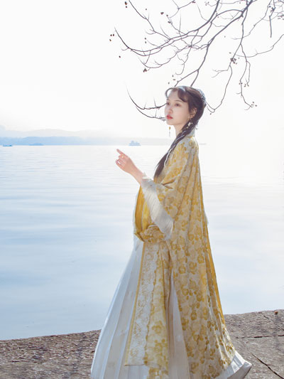 2 New Ideas to Match Hanfu [Oil Paintings Style]