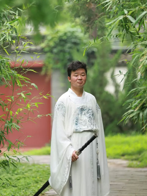 All You Want to Know About Hanfu & Tongpao Is Here