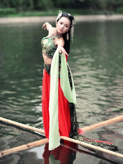 "Yang Liu: Achieving Dance Dreams with ""Bamboo"""