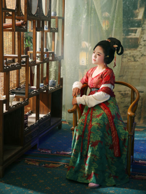 [Interview] What Is It Like to Become a Hanfu Designer