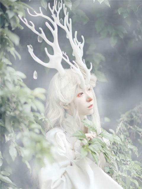 Mythology? Legends? 95s Girl Recreating the Original Shan Hai Jing