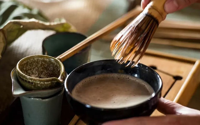 The Guide on Song Dynasty Traditional Whisking Tea