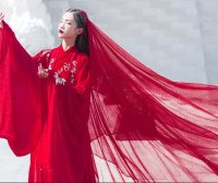 Why Red Chinese Dress & Clothing Popular 2000 Years?