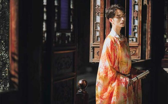4 Styles & Tips for Male Traditional Chinese Clothing