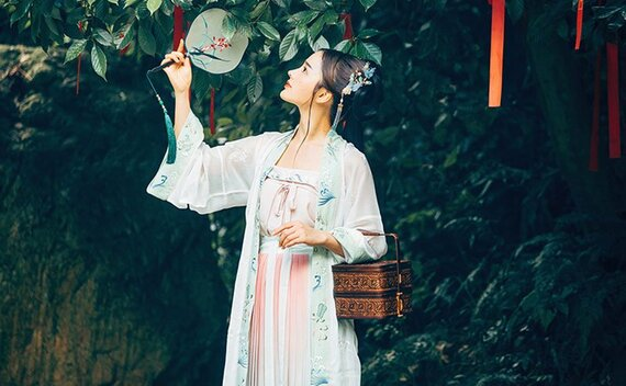 How to Wear Hanfu – Song Dynasty Style