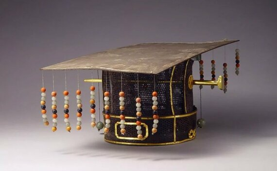 Brief of Emperor Hat in Ancient China
