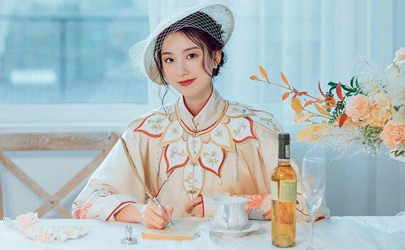 How to Wear Yunjian & Ancient Chinese Clothing Beautiful in Summer ?