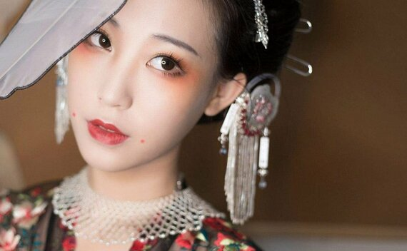 Beautiful Makeup Tutorials for Ancient Chinese Dresses