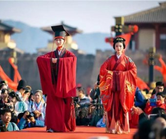 12 Most Beautiful Traditional Chinese Wedding Dresses