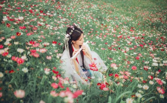 How to Take Fairy Style Photos with Hanfu