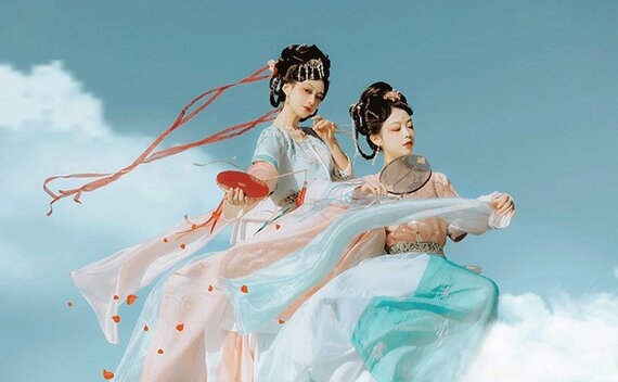 Ancient Chinese Fashion: Historical Prototype of Hanfu Style