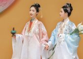 Top 5 Styles of Traditional Chinese Dress & Clothing