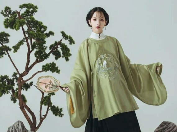 Chinese Dress for Girls – Ming Style Round Collar Hanfu