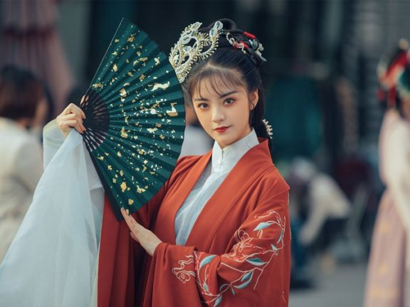 Hanfu Girl: Siyue – Restore the Beauty of Four Classic Novels