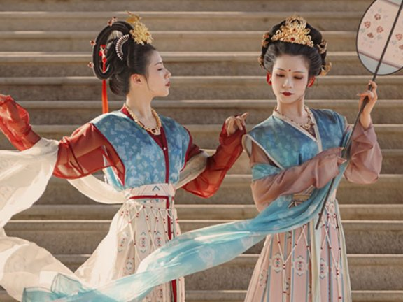 4 Stunning Tang Style Hanfu for Women That Look Pretty
