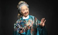 77-Year-Old Grandma in Hanfu Became Popular on the Internet